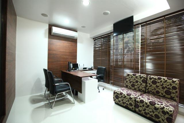 Main Consulting Room : Papillon Hair World